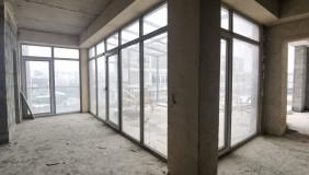 Продается 3 комнатная  Квартира в Ваке