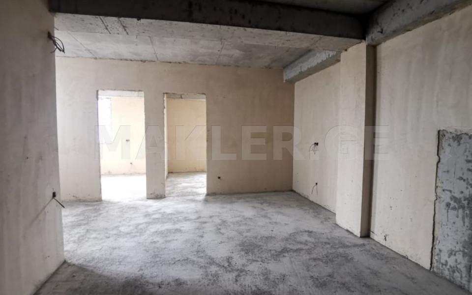 იყიდება 3 ოთახიანი  ბინა საბურთალოზე  მინდელის ქუჩაზე