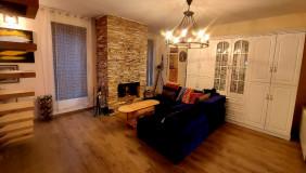 Продается или Сдаётся 4 комнатная  Частный дом на Сабуртало