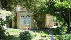 Продается 6 комнатная  Частный дом в Глдани