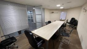 Сдаётся 20 комнатная  Офис на Мтацминда