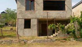 Продается 5 комнатная  Загородная недвижимост
