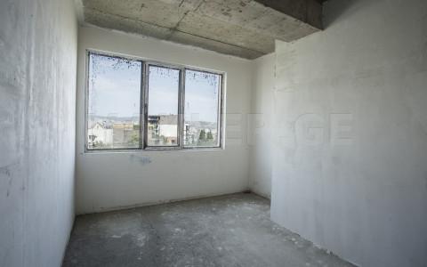 იყიდება 2 ოთახიანი  ბინა ვაკეში  ნ. ჟვანიას ქუჩაზე