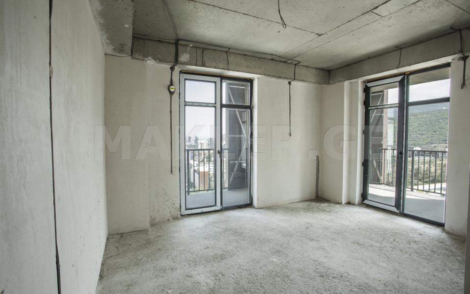 იყიდება 4 ოთახიანი  ბინა საბურთალოზე  მინდელის ქუჩაზე