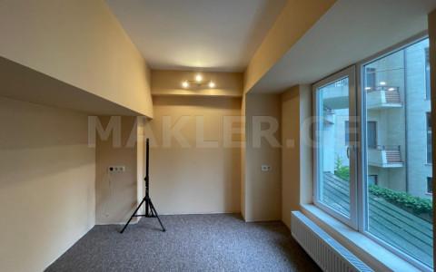 ქირავდება 3 ოთახიანი  ოფისი ვაკეში  ლეჟავას ქუჩაზე