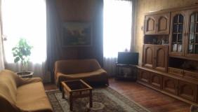 Продается 3 комнатная  Квартира в Чугурети