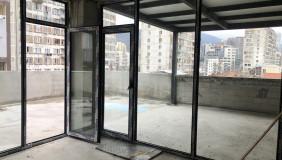 Satılık 1000 m²  İşyeri in Saburtalo