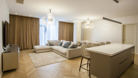 Сдаётся 5 комнатная  Квартира на Сабуртало
