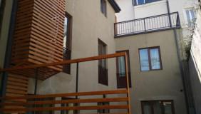 Продается 6 комнатная  Частный дом на Мтацминда