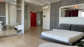 Сдаётся 3 комнатная  Квартира на Мтацминда