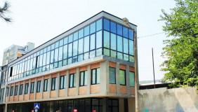 ქირავდება 635 m² ფართობის კომერციული ფართი საბურთალოზე
