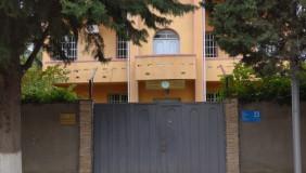 Сдаётся 8 комнатная  Частный дом в Дидубе