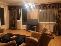 For Rent 107 sq.m. Apartment in Bakhtrioni st.