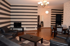 For Rent 114 sq.m. Apartment in T.Tabidze st.