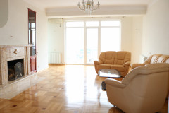 For Rent 240 sq.m. Apartment in Gergeti pass.