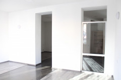 For Rent 65 sq.m. Office in I. Chavchavadze Ave.