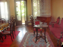 For Rent 150 sq.m. Apartment in S.Chikovani st.