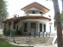 For Rent 600 sq.m. Private house in Tskneti dist.