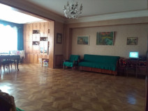 For Sale 130 sq.m. Apartment in S.Chikovani st.