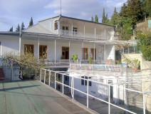 For Sale 280 sq.m. Private house in Tskneti highway