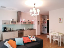 For Rent 78 sq.m. Apartment in Besiki st.