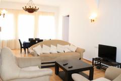 Kiralık 180 m² Müstakil Ev in Gogebashvili st