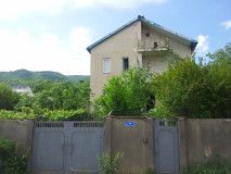 For Rent 400 sq.m. Private house in Uchaneishvili II blind aley