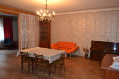 For Sale 160 sq.m. Apartment in Bakhtrioni st.