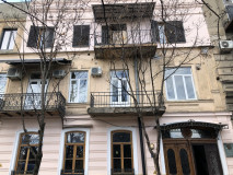For Rent 110 sq.m. Apartment in Kiacheli st.