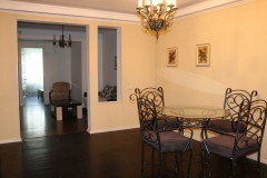 For Sale 170 sq.m. Apartment in Bakhtrioni st.