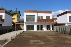 For Rent 200 sq.m. Private house in Digomi 7