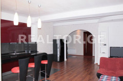 For Rent 102 sq.m. Apartment in Chitadze st.