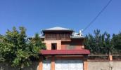 ქირავდება დიღომი-7-ში საკუთარი სახლი (300 კვ.მ) 1000 კვ.მ ფართობის ეზოთი. სახლი გარემონტებულია და კეთილმოწყობილი. შედგება 12 ოთახისაგან, რომლიდანაც 5 საძინებელია.