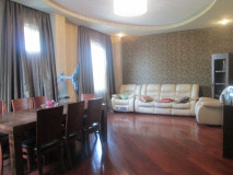 For Rent 250 sq.m. Apartment in Anjaparidze st.