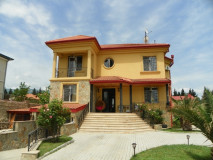 For Rent 600 sq.m. Private house in Digomi 7