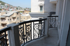 For Rent 254 sq.m. Apartment in Shevchenko st.