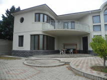 For Rent 530 sq.m. Private house in Digomi 7