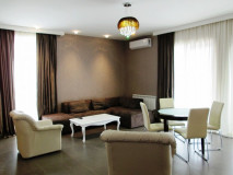 For Rent 85 sq.m. Apartment in I. Chavchavadze Ave.