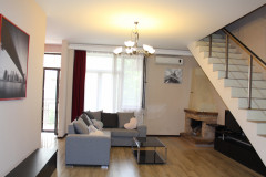 For Rent 180 sq.m. Apartment in Radiani st.