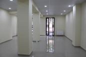 Kiralık 100 m² Ticari alan  in Vake dist.