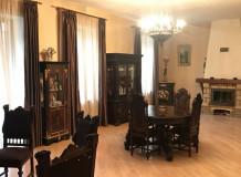 Продается 263 кв.м. Квартира на ул. Костава