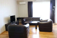 For Rent 95 sq.m. Apartment in I. Chavchavadze Ave.