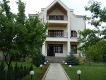 For Sale 540 sq.m. Private house  in Oqrokana