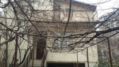 For Sale 300 sq.m. Private house in Kekelidze st.