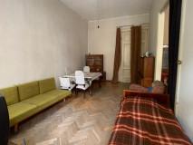 Продается 100 кв.м. Квартира на ул. Бесики