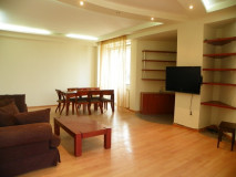 Flat for rent in a very prestigious building located in Vake Park. The apartment is very bright, with 24-hour security. There are 4 bedrooms in the area, of which 1 master bedroom. Is environmentally friendly air.