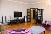For Rent 183 sq.m. Apartment in I. Chavchavadze Ave.