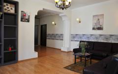 Продается 80 кв.м. Квартира на ул. Бурдзгла