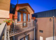 For Rent 200 sq.m. Private house  in Vera dist.