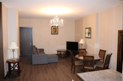 For Rent 135 sq.m. Apartment in T. Abuladze st.
